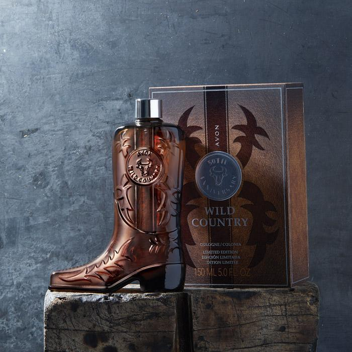 AVON Wild Country Limited Edition Collectible Boot Decanter 1